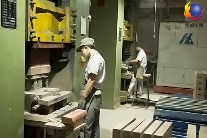 耐火砖成型压力机设备