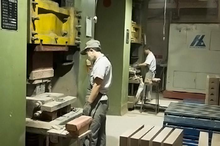 耐火磚成型壓力機設備